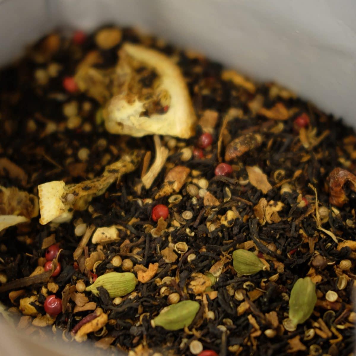 Zwarte thee met appelsien en koekjessmaak