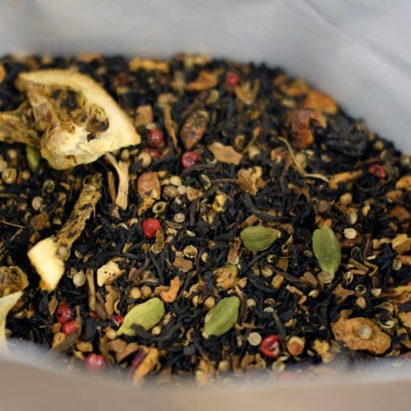 Thé noir au goût d'orange et de biscuit